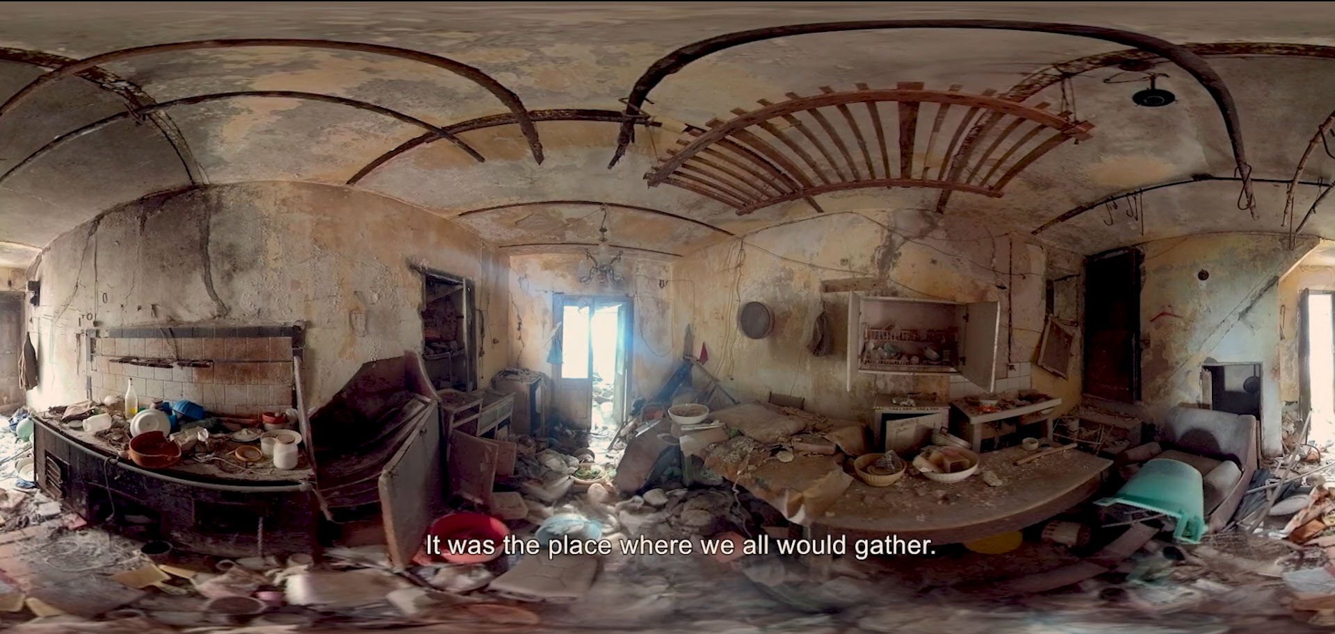 Italia Terremotata Inside House